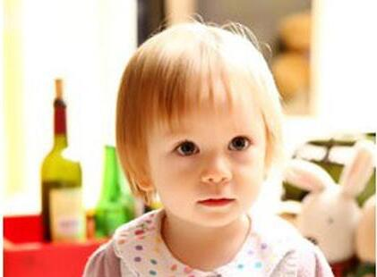 三岁儿童口吃怎么办