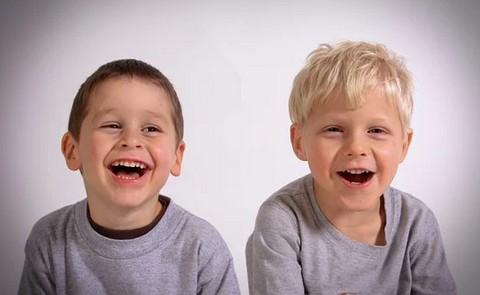 男童3岁4个月说话发音不是很清楚