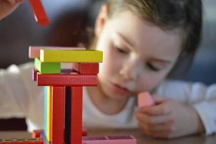 三岁左右的孩子说话咬字不清楚怎么办