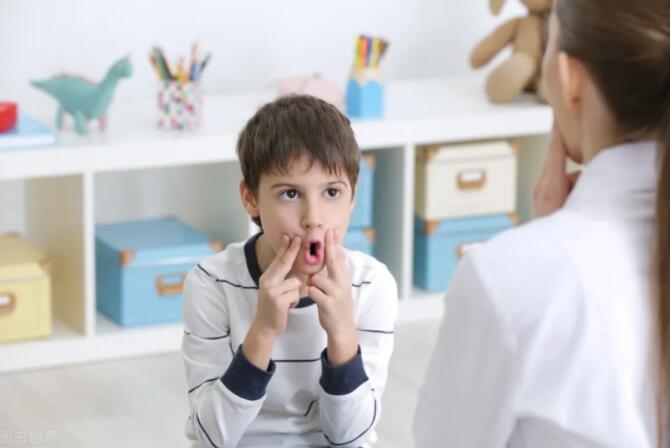 """孩子一开口就""""露馅""""了,做好5点轻松解决言语失用症"""